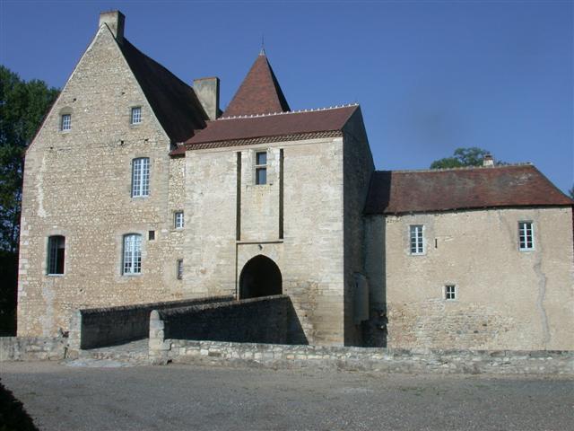 6780-chateau-de-la-mothe-allier-auvergne-rhone-alpes.jpg
